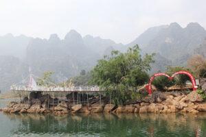 Tour ngược dòng sông Đà về miền Tây Bắc